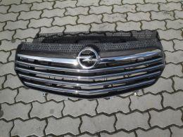 Opel Vivaro B maska