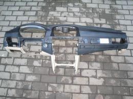 BMW 5 E60 palubní deska
