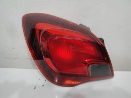 Opel corsa E 3dv. lampa