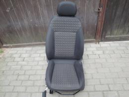 Corsa D 5dv - sedačky vyhřívané