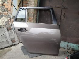 BMW 5 E61 dveře pravé zadní