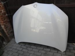 BMW X1 F48 kapota