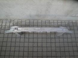 BMW 7 G11 přední výztuha