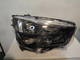 Opel combo E pravý světlo